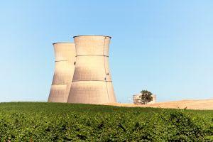 elektrownia atomowa widok