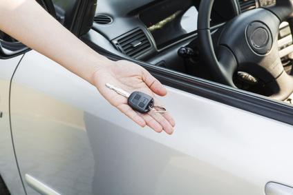 kredyt samochodowy - kluczyki do auta