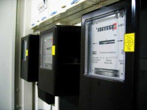Licznik prądu, który nalicza niższy rachunek za prąd po zmianie sprzedawcy