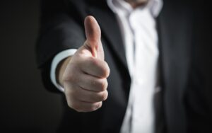 Uniesiony do góry kciuk: UOKiK wydał pozytywną decyzję w sprawie przejęcia przez PGE aktywów firmy EDF